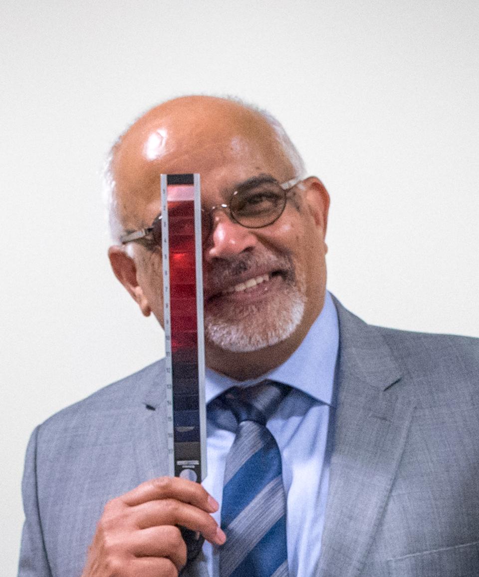 Dr. Arvind Chandna